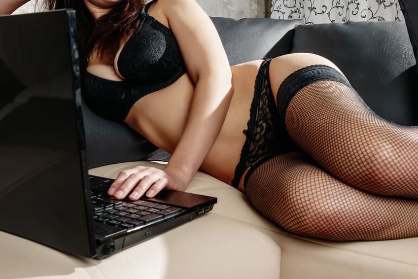 Online sexchat